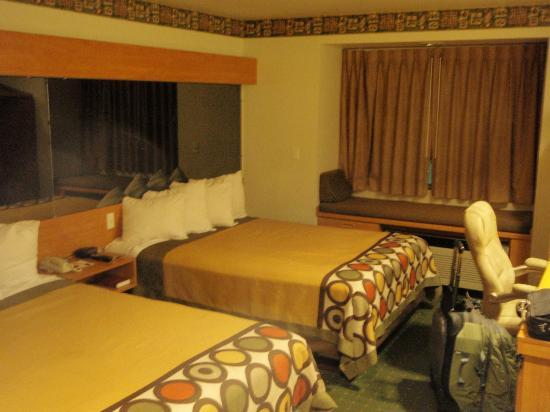Super 8 Pride Midvale/Midvalley/Salt Lake City Area: Overall picture of the room