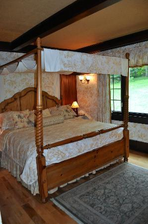 Springside Inn: Room 12