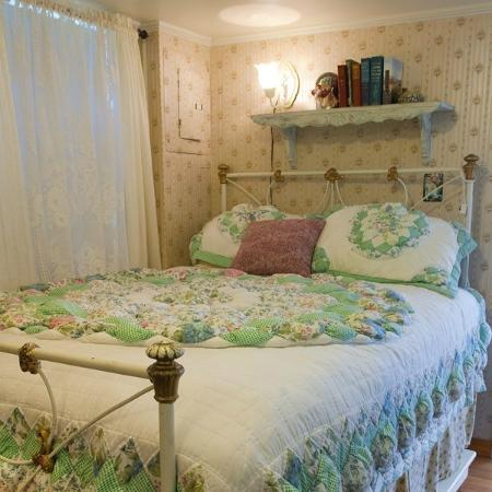 Enchanted Cottages: The bedroom in Hollyhock very comfortable bed