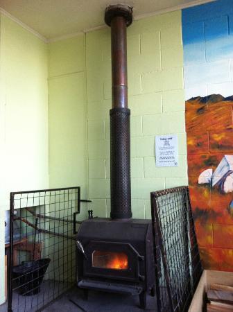YHA Lake Tekapo: 暖爐