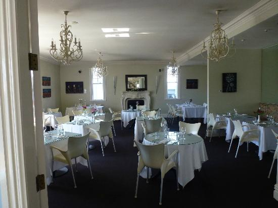 The White Swan: Dining room