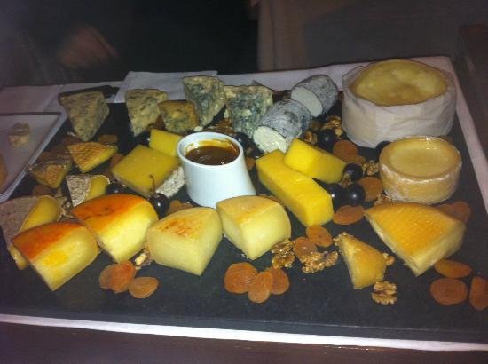 Restaurante Eleven: Cheese options