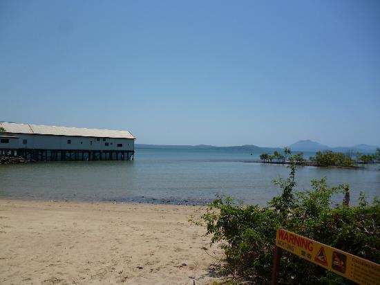 لو شير دو موند: Port Douglas. 