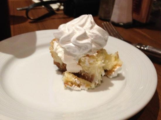 Chef's Stage Buffet: Delicious key lime cheesecake