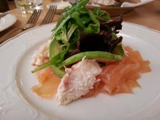 Cutler's Restaurant: My starter - Salmon & Devon Crab