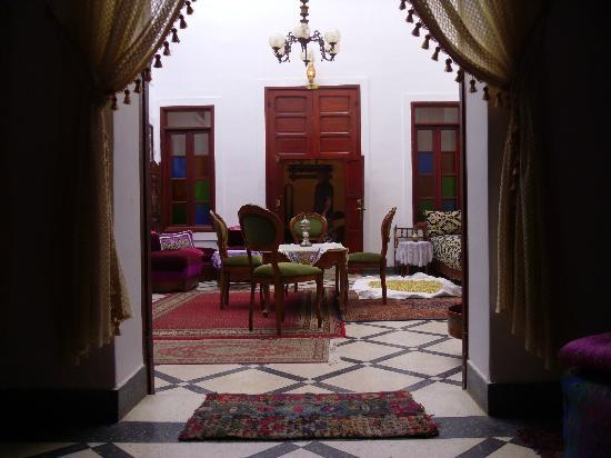 Riad lalla fatima : Meeting area