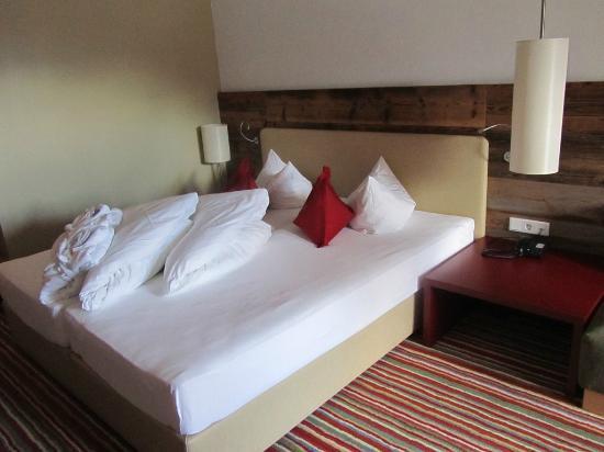Alpina Zillertal: Gemütliches Bett