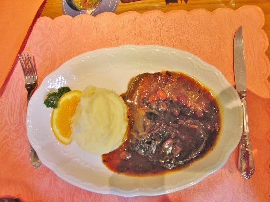 Steaks aus aller Welt: Menü für 7,50€_Rheinischer Sauerbraten