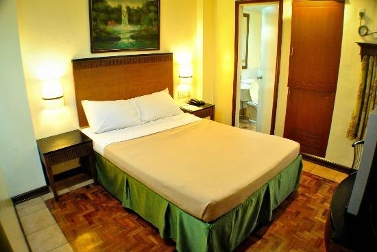 Fersal Hotel - Cubao: Deluxe Single