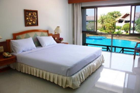 Nan Keeree Thara Hotel