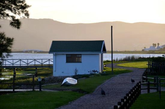 Knysna River Club: La vista sulla laguna dal nostro portico 2