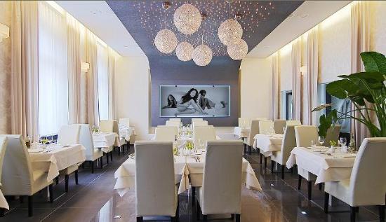Angels Restaurant & Bar : Angels restaurant