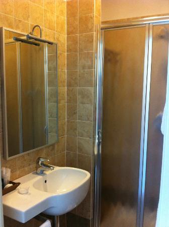 Relais Hotel Centrale Residenza D'Epoca: bagno