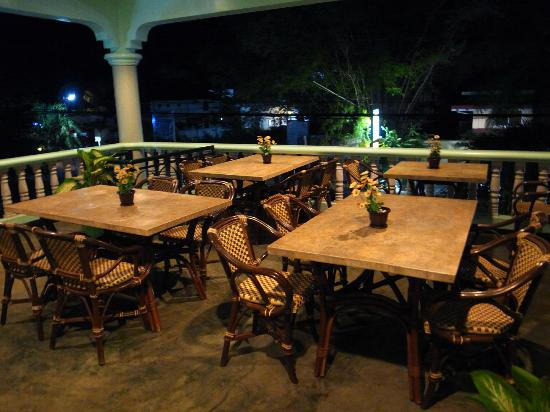 Citadel Alona Inn: Dinning place
