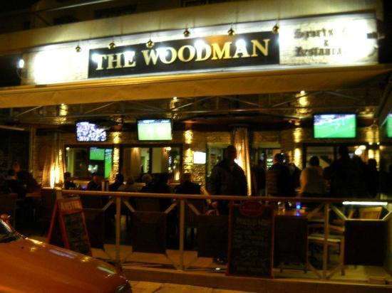 The Woodman Sports Pub and Restaurant : Woodman By Night