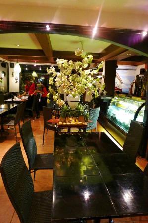 Giuseppe's Italian-Filipino: main centerpiece of restaurant