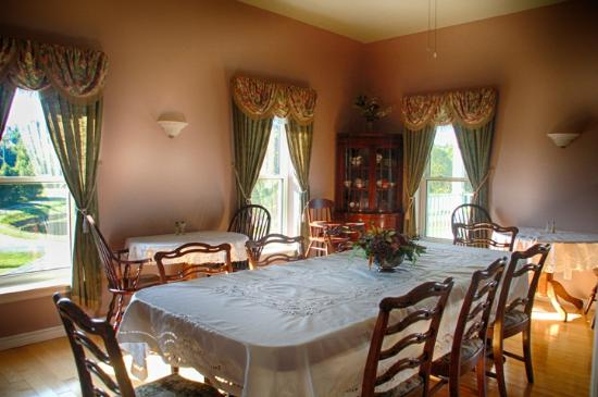 New Horton Lake Inn : Dining room