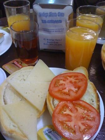 Bodega Santa Cruz: My favourite breakfast!