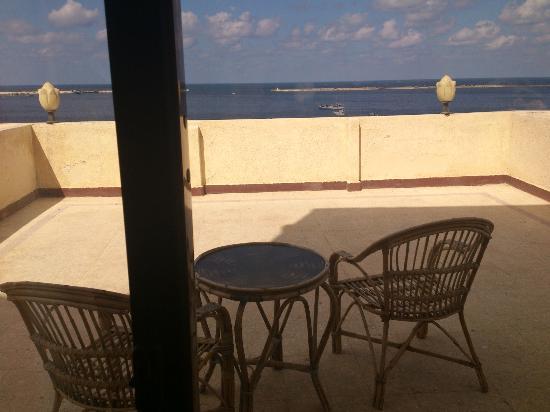Hotel Queen Transit Alexandria: balacony