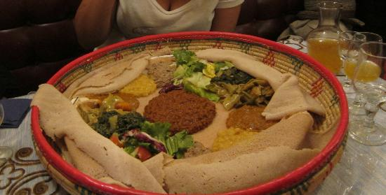 Menelik Paris BatignollesMonceau Restaurant Avis Numéro De - Cuisine ethiopienne