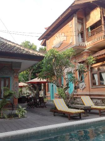 Sunhouse Guest House: Style balinais 