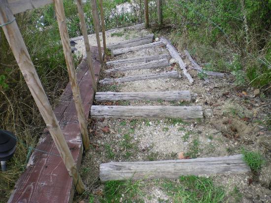 La Paloume : Uneven steps