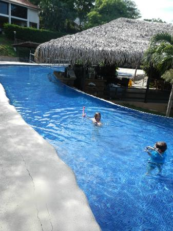 Villas Sol Hotel & Beach Resort: great family pool with swim up bar, eating patio, zero-grade entries on both ends...