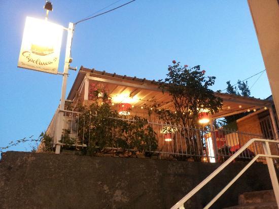 Pizzeria Capolinea 2.0: Dehors adiacente al locale