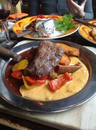 Amarillo: black & white steak