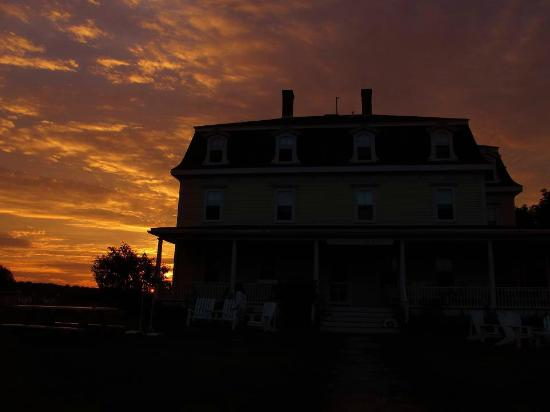 The Hygeia House: Block Island Sunset