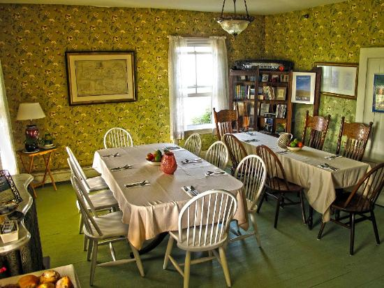 The Hygeia House: Dining area
