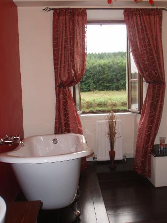Old Salt House : tres belle salle de bains avec vue