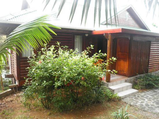 Le Jardin des Palmes: chambre vue exterieur 