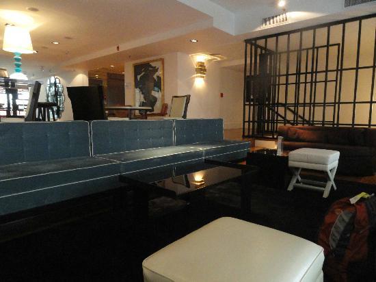 Hotel Pulitzer Buenos Aires: bar area 1st floor