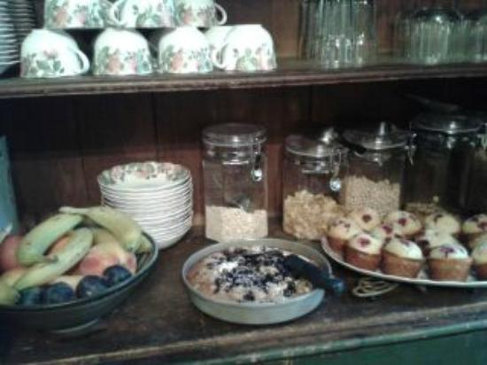 Betsy's Bed and Breakfast: fruit, cereal muffins