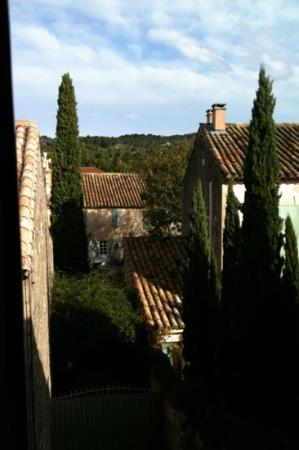 L'oustaloun : view from our window - what a beautiful scene to wake up to!