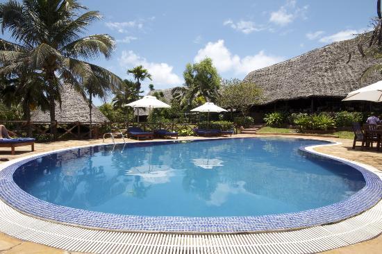 Ras Nungwi Beach Hotel: Divine pool!