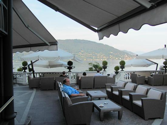 Hotel Splendid: Veranda over looking Lake Maggiore