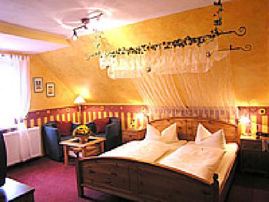 Hotel-Garni Hornburg: Zimmer/room no. 19/20
