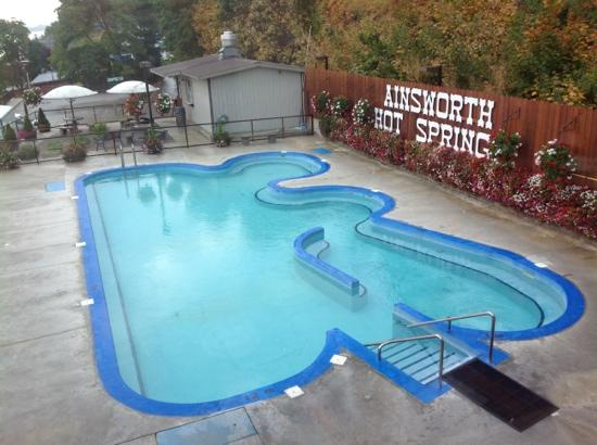 Ainsworth Hot Springs Resort: Ainsworth Hot Springs pool area