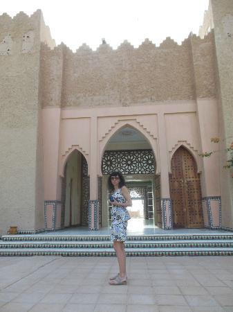 Hotel Zagora Riad Salam: puerta de entrada
