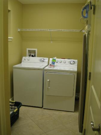 The Berkley, Orlando: Laundry Room