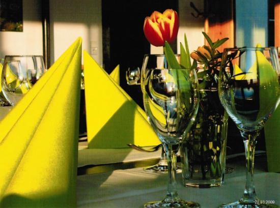 Ambiente da Pino: Stilvolle Gedecke bei festlichen Anlässen