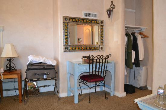 Hotel La Fonda de Taos: room