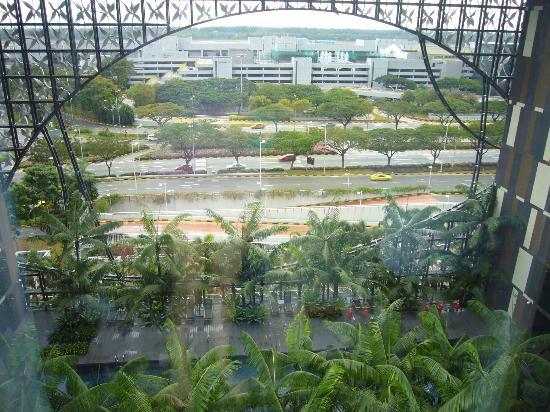Crowne Plaza Changi Airport: Aussicht