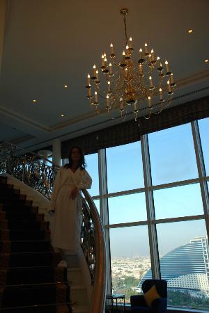 Burj Al Arab Jumeirah: Srairs from 1st to 2nd floor