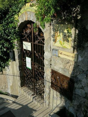 Villa la Quercia: Villa entrance