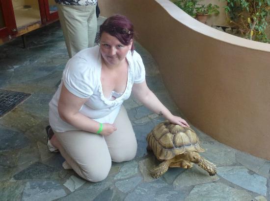 Aquaworld Aquarium & Reptile Rescue Centre: Me and Blondie
