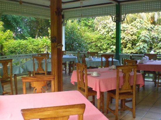 Villa Authentique: ristorante
