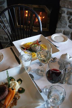 Pourvoirie Du Lac Blanc: Charles et son équipe vous concocteront des repas savoureux et copieux